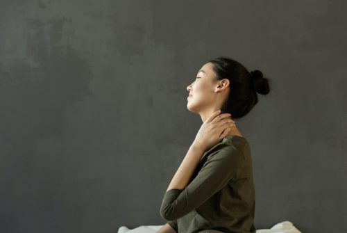 Neck and Jaw Pain: Understanding the Symptoms of TMJ Disorder