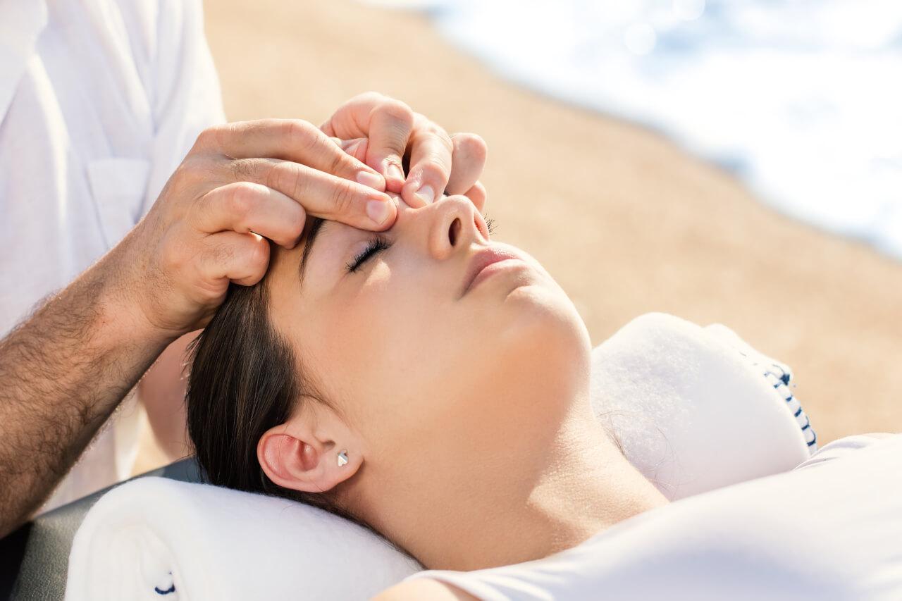 Chiropractic Sinus Adjustment