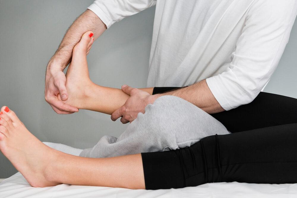 Chiropractic foot adjustment